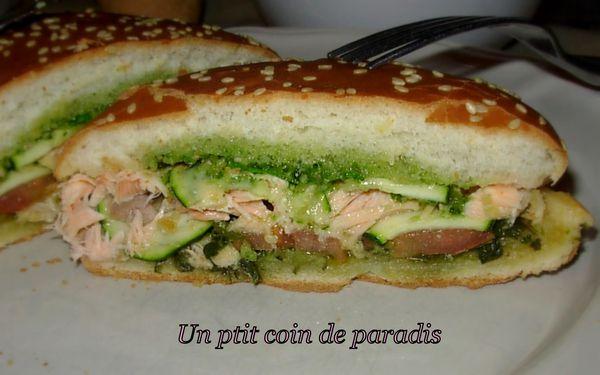 burger-au-saumon-frais---pesto.4.jpg