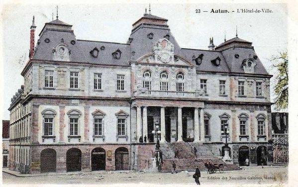AUTUN 21hc - Hôtel de Ville