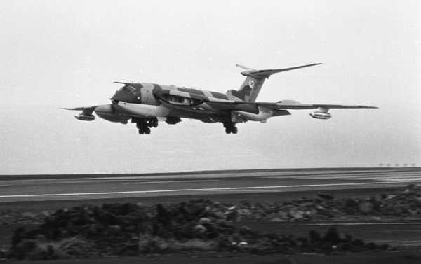 Handley-Page-Victor-f.png