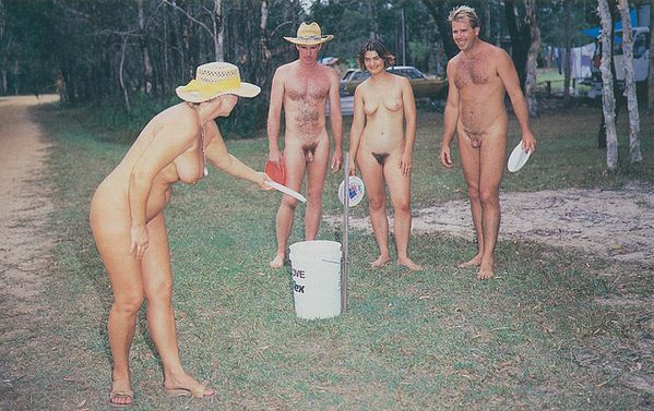 FREE_NUDISM_FAMILY-copie-1.jpg