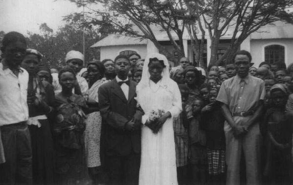 Casamento em 1951, na vila da Damba.