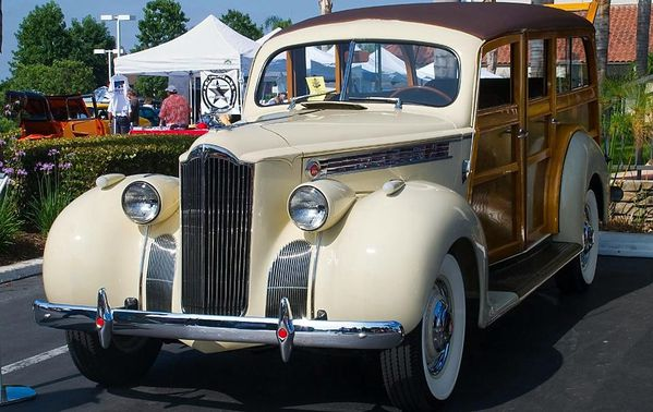 packard_110_woody_station_wagon_1941_111.JPG
