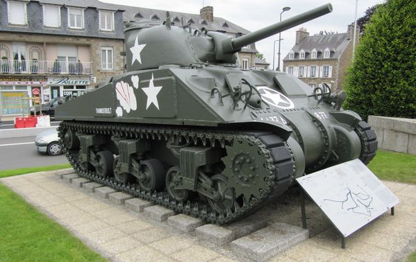 2745 Mémorial de Patton, Avranches