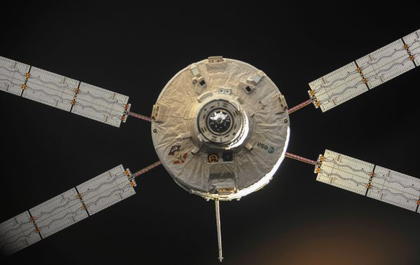 ATV-4 - Albert Einstein - Undocking - Depuis l'ISS - 2