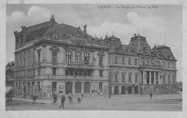 AUTUN 19a - Théâtre et Mairie