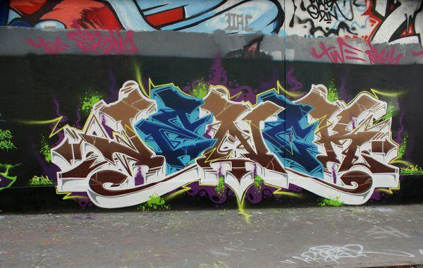 5999 rue des pyrenees 26 octobre 2011