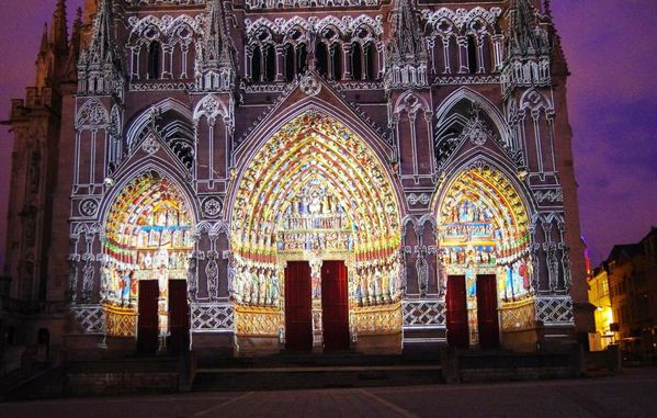 IMGP3289 cathedrale d'Amiens le soir ror