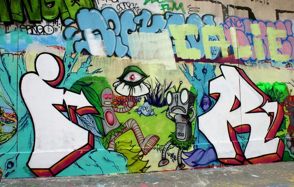 349 rue des pyrenees 75020 13 avril 2010