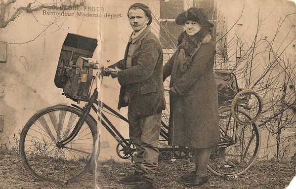 AAA-A-bicyclette--2-roues-Une-arriere-grande-tante-et-son-.jpg