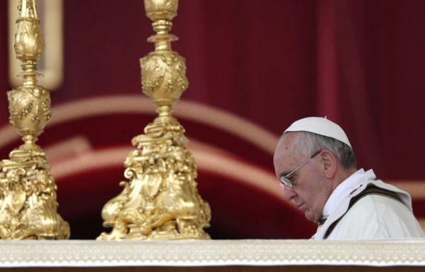 sem13mari-Z12-pape-Francois-messe-Paques-Vatican-Rome.jpg