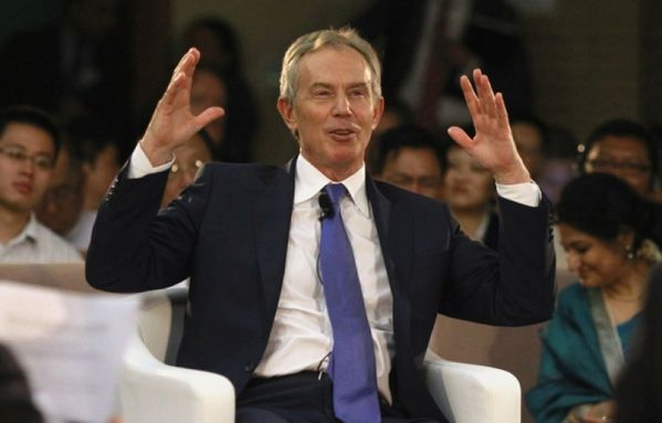 sem13juid-Z6-Tony-Blair-forum-economique-Birmanie.jpg