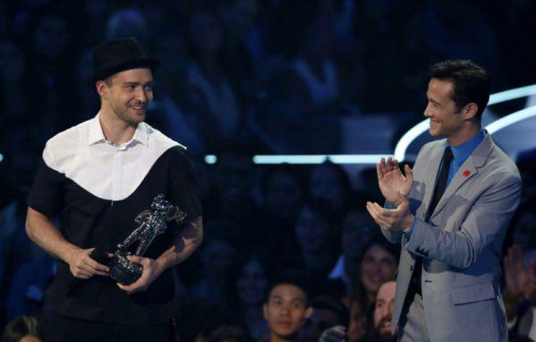 sem13aouk-Z9-Justin-Timberlake-et-Joseph-Gordon-Levitt.jpg
