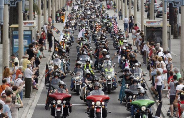 sem12juik-Z20-rassemblement-Harley-Davidson-Barcelone-espag.jpg