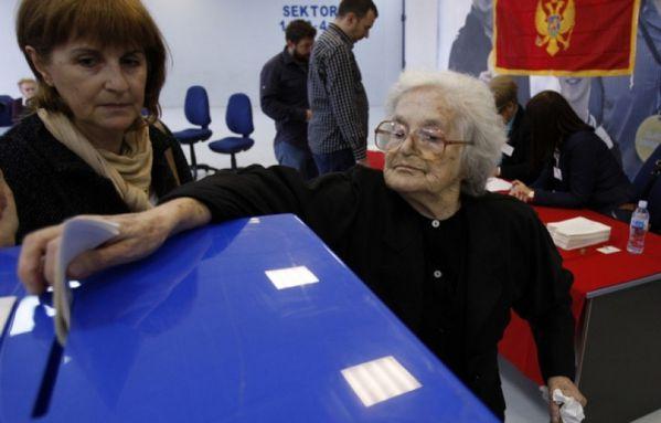 sem12octd-Z15-Montenegro-elections-assemblee.jpg