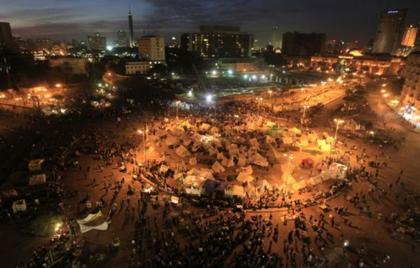 sem12decc-Z33-Place-Tahrir-au-Caire-Egypte.jpg