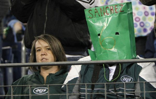 sem12dece-Z22-supporter-New-York-Jets-football.jpg