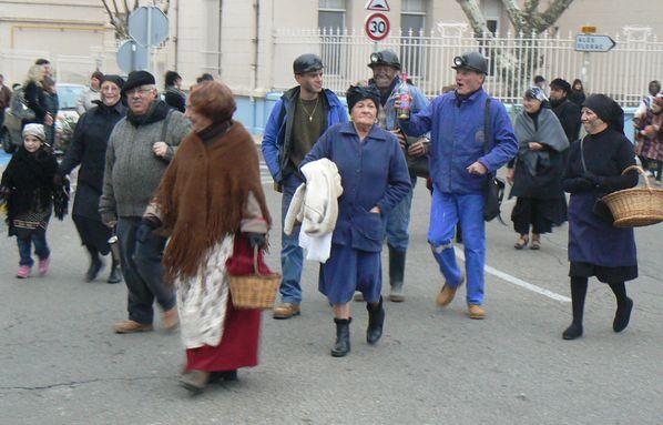 Parade-Gueules-noires-lun-29-1-.JPG