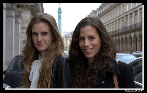 Fashion week le 5 mars 2012 (2)Helena & Alexandra pp