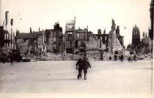DK-les-ruines-1940--61-.jpg