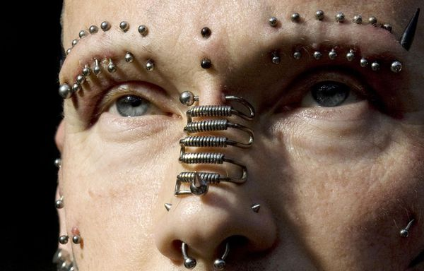 piercing-Spikey-Bob_pics_809.jpg