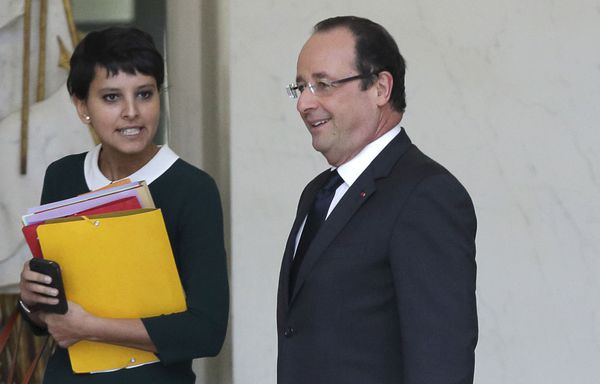 Najat-Vallaud-Belkacem-et-Francois-Hollande-ordonances.jpg