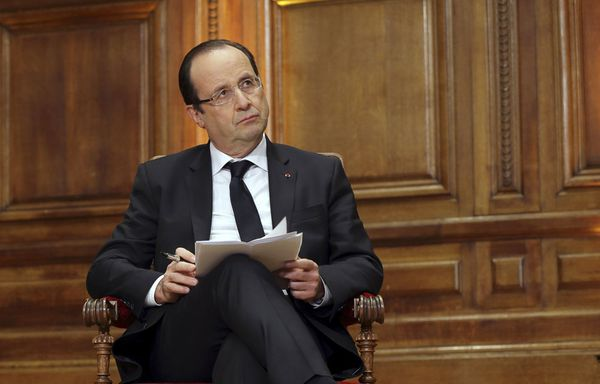 Francois-Hollande-perd-la-bataille-des-deficits.jpg