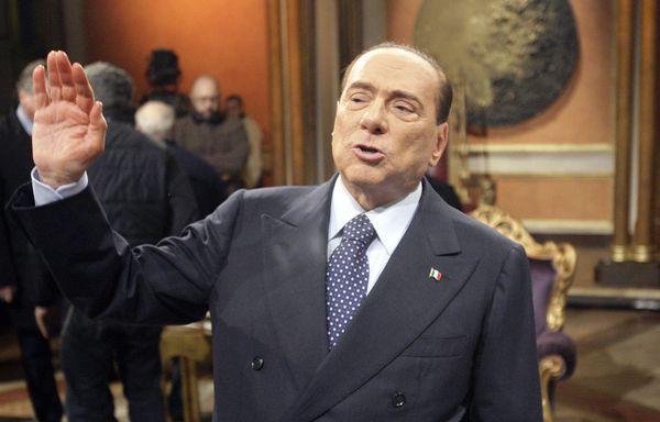 sem13feve-Z13-Silvio-Berlusconi-le-retour.jpg