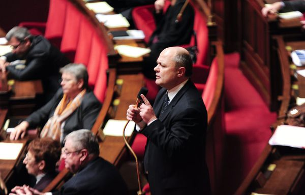 Bruno-Le-Roux-president-groupe-PS-assemblee-nationale.jpg