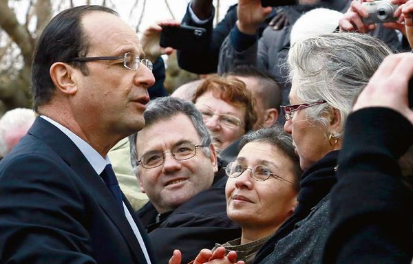 Francois-Hollande-chef-de-crise.jpg