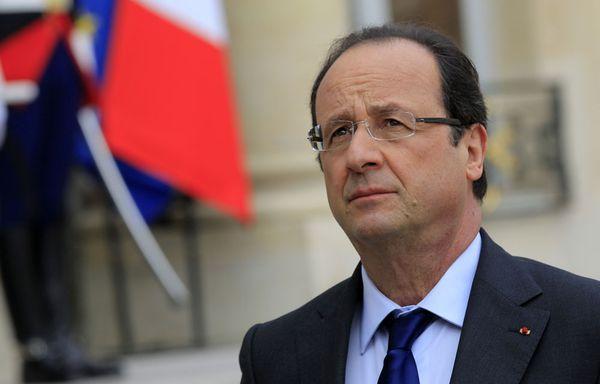 Francois-Hollande-plaide-pour-une-nouvelle-europe-de-la-def.jpg