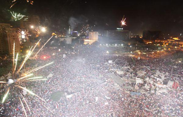 Egypte-joie-morsi-ecarte-par-armee-3-juillet-2013.jpg