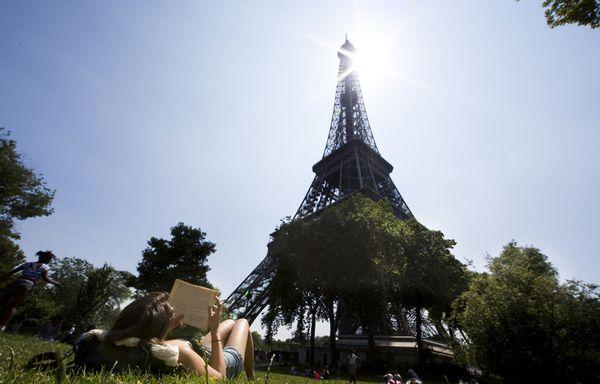 sem13julj-Z12-Paris-sous-le-soleil-pas-de-canicule.jpg
