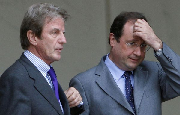 Bernard-Kouchner-Francois-Hollande.jpg