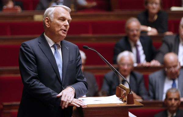Jean-Marc-Ayrault-integration-des-roms-possible.jpg