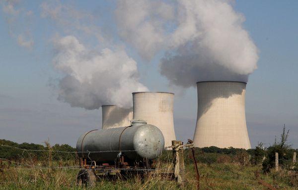 Centrales-nucleaires-prolongees-de-dix-ans.jpg