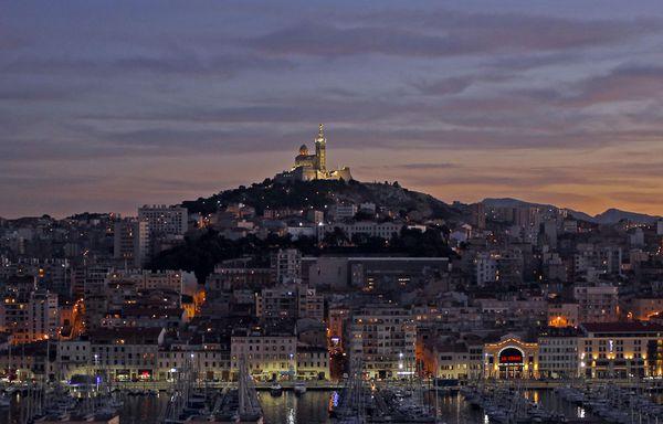 Marseille-vieux-port.jpg