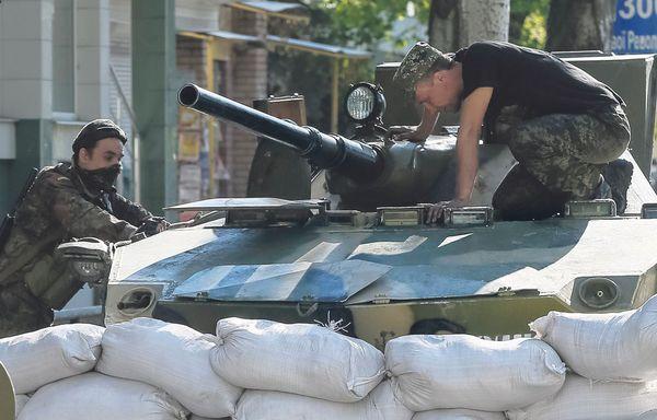 sem14avrl-Z19-l-etau-russe-sse-resserre-sur-l-Ukraine.jpg