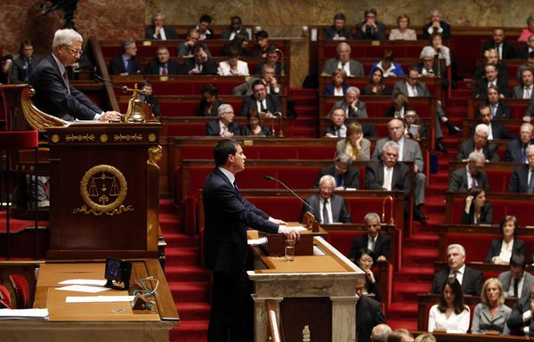 Manuel-Valls-plan-50-milliards-economies-assemblee-national.jpg