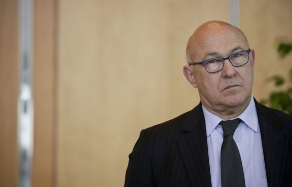 Sapin-croissance-nulle-accuse-Europe.jpg