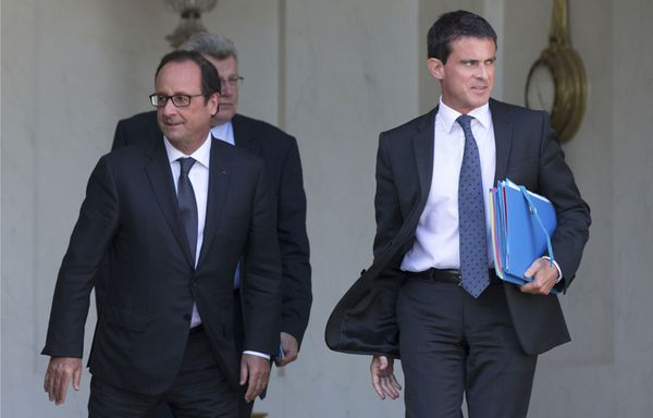 Francois-Hollande-et-Manuel-Valls-suppression-des-departeme.jpg