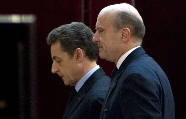 juppe-sarkozy-meeting-Bordeaux.jpg