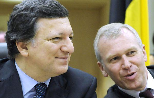 sem53-Z38-Jose-Manuel-Barroso-Yves-Leterme.jpg