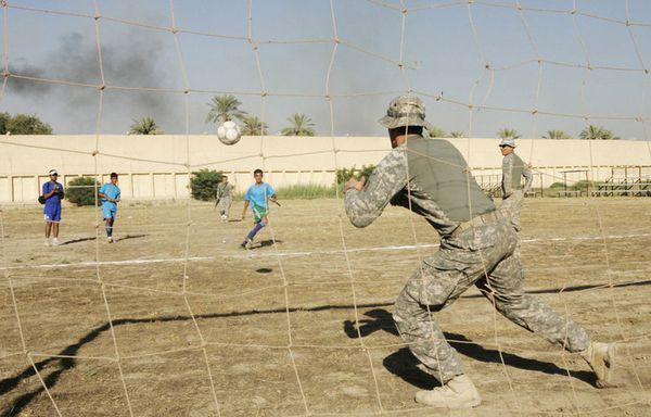 sem54-Z12-Football-Bagdad.jpg