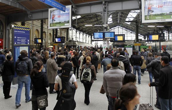 sem78-Z26-gare-saint-lazare-alerte-colis-suspect.jpg