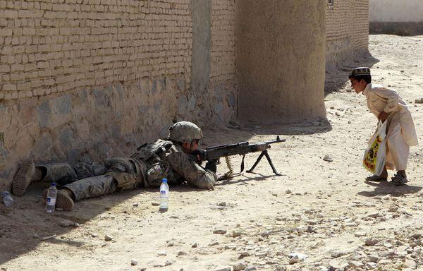 sem82-Z7-soldat-afghanistan.jpg