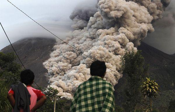 sem88-Z32-eruption-du-Mont-merapi.jpg