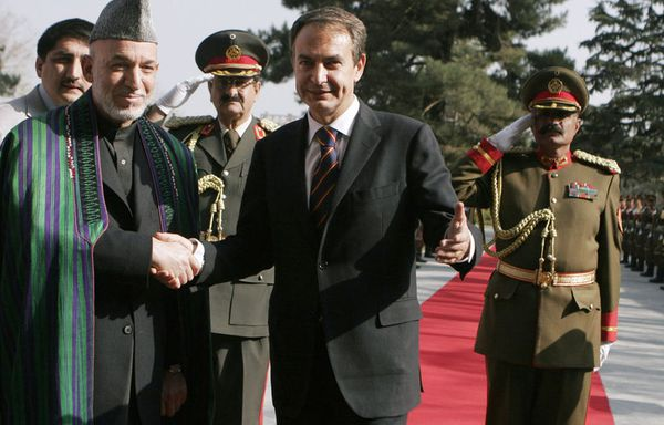 sem90-Z4-zapatero-afghanistan.jpg