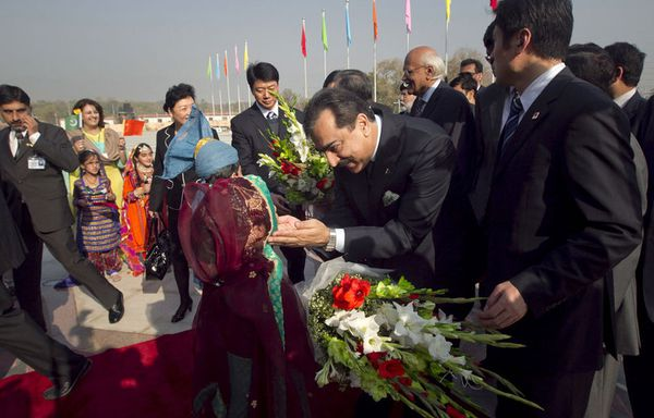 sem102-Z4-Pakistan-Chine-ceremonie.jpg