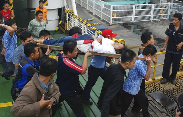 sem11jh-Z25-ferry-indonesie.jpg