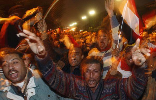 place-Tahrir-Le-Caire-demission-moubarak-egypte.jpg